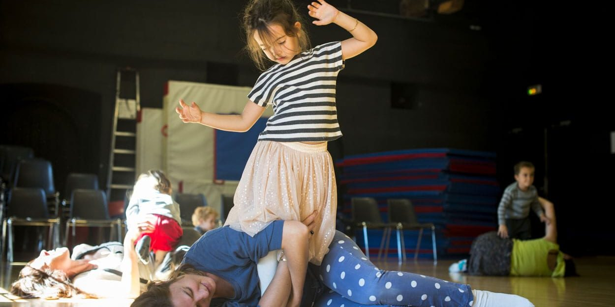Mini-pousses danse - Les Subsistances - photo © Romain Etienne